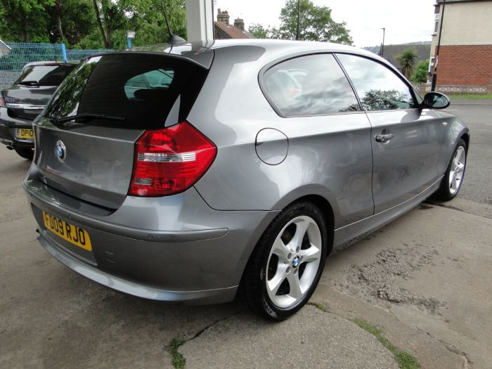 BMW 1 Series 2.0 116d Sport 3dr Hatchback Diesel Grey