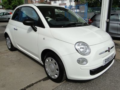 Fiat 500 1.2 Pop 3dr [Start Stop] Hatchback Petrol WhiteFiat 500 1.2 Pop 3dr [Start Stop] Hatchback Petrol White at Foxhill Used Cars Sheffield
